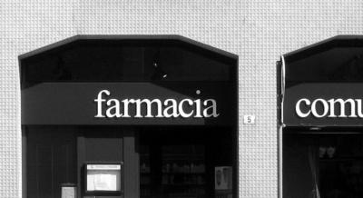 Pallaoro Balzan e Associati - Ristrutturazione Farmacia comunale, via Giovannelli, Trento