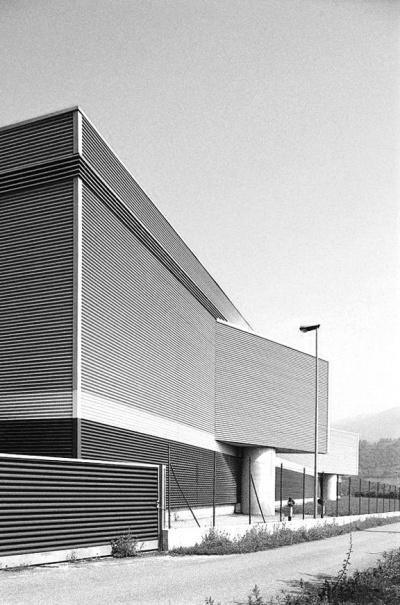 Pallaoro Balzan e Associati - Ampliamento e sistemazione magazzino frutta CO.F.A.V., Caldonazzo, Trento