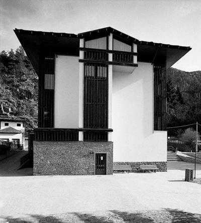 Pallaoro Balzan e Associati - Scuola elementare, Lona- Lases, Trento