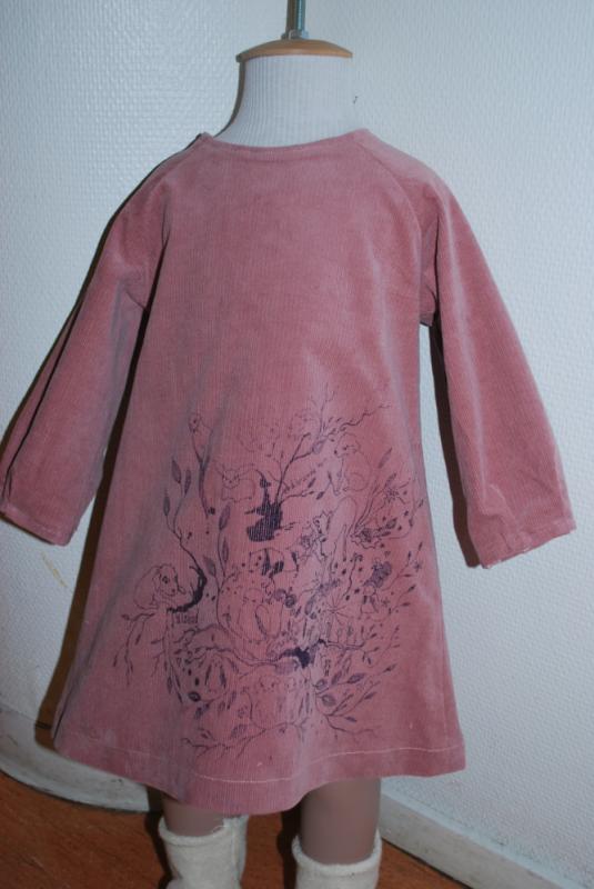 Cecilia Tutti - Manschesterklänning med handprints.