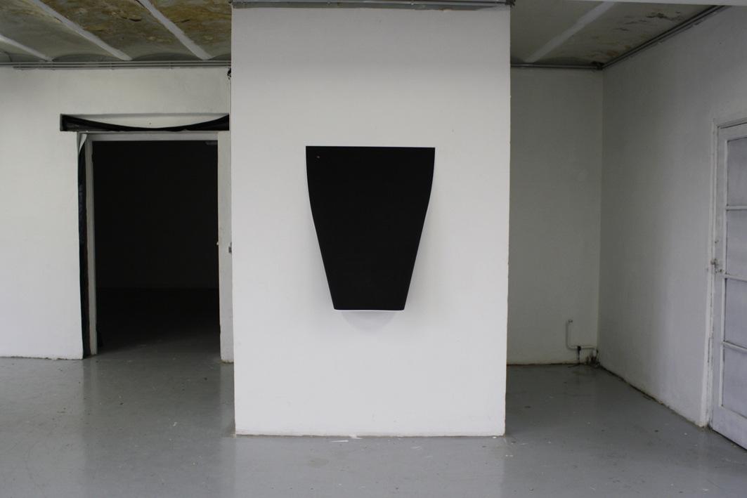 Karolien Chromiak - Curved print, 70 x 100 cm, 2011
