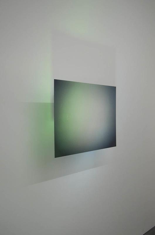 Karolien Chromiak - Magenta overtone, 2016