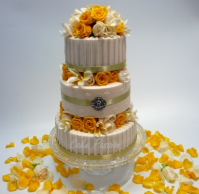 Curvaceous Design Portfolio - Curvaceous Design Cake jewellery encrusted with Swarovski Elements.