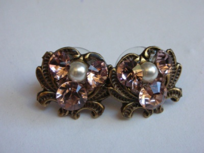 Curvaceous Design Portfolio - Princess studs with Swarovski Elements.