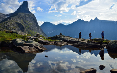 EPIC FJORDS - Litlefjellet in Romsdal