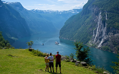 EPIC FJORDS - The Geirangerfjord and The Seven Sisters