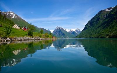 EPIC FJORDS - The Fjærlandsfjord