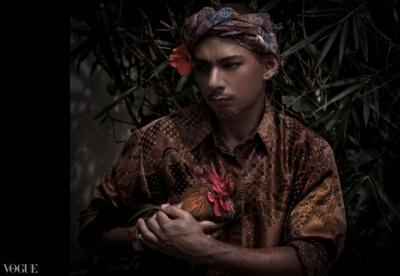 Dilokrit Barose Photos - Sumatra Chic- Taking my Midget Rooster Pet To The Vet..