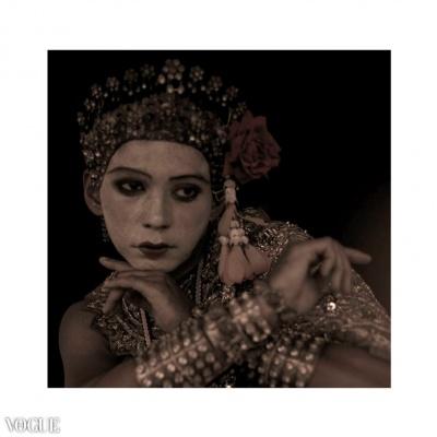 Dilokrit Barose Photos - Classical Thai Dance Costume As Dewi ( Female Deity) In Sepia.