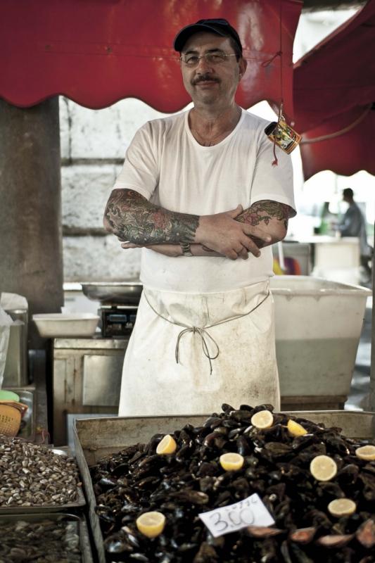 manuel zamora - Mercado de la Pescheria-Catania. Italia