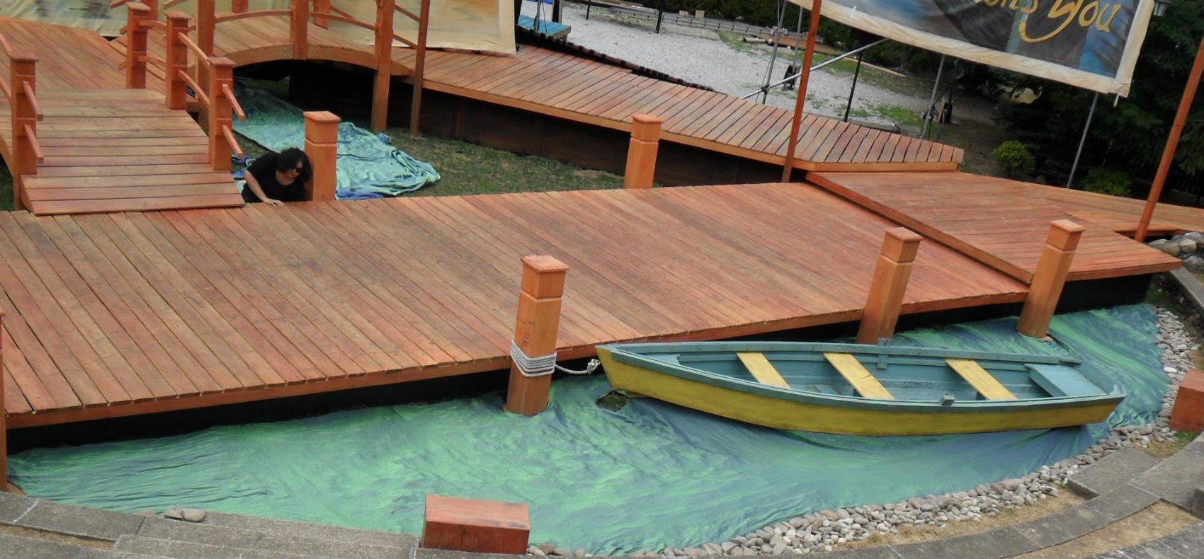 Tewksbury Arts - Boat with Water Fabric