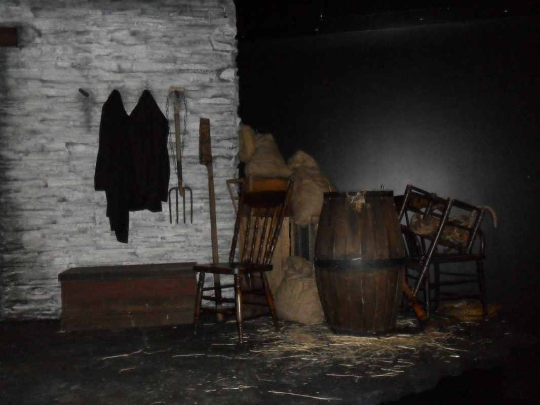 Tewksbury Arts - Final Piece on set