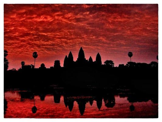 Andrew Bannerman-Bayles - Angkor Wat at sunrise Cambodia