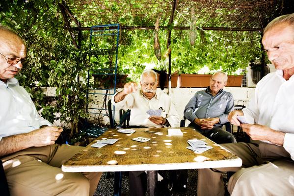 jussi.tuokkola.studio.ukkoshuone - Travel Cretan card players