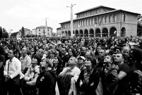a l e s s a n d r o f a g i o l i - Popes visit to Assisi