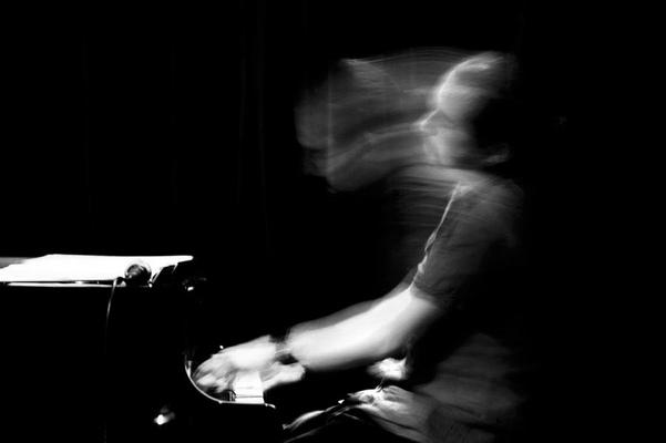 Özgür Ülker Photography - Çağrı Serel / Nardis Jazz Club İstanbul
