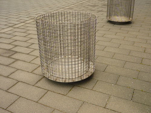 Jörg Kaspari - Landschaftsarchitekt - Pflanzgefäßhülle als Gabionenzylinder mit fußseitiger Schattenkante zum flexiblen Transport