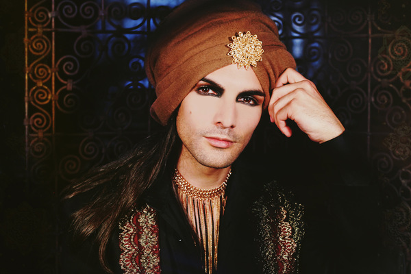 Lyne Looze ♡ Photographer - THE MAHARAJA / THE DARK PRINCE OF THE SUN REALM ◊ 2014 ◊ François Telombre