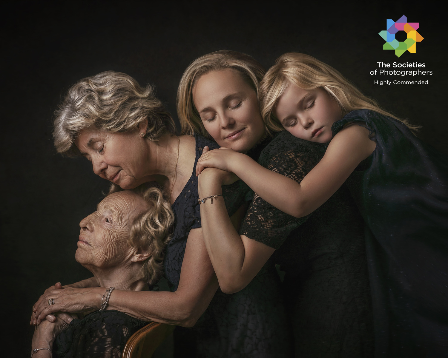 Dai Bui Photography - Highly Commended Award in Society of Wedding and Portraits Photographers, Category - Pictorial & Fine Art Author - Dai Bui; Finalist 2019 Rise Photo Awards (Australie)
