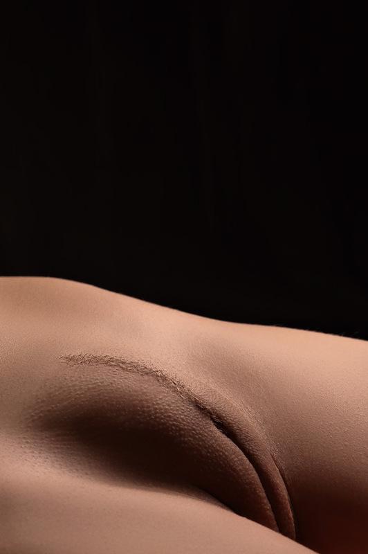 Nude art photos of mature vagina