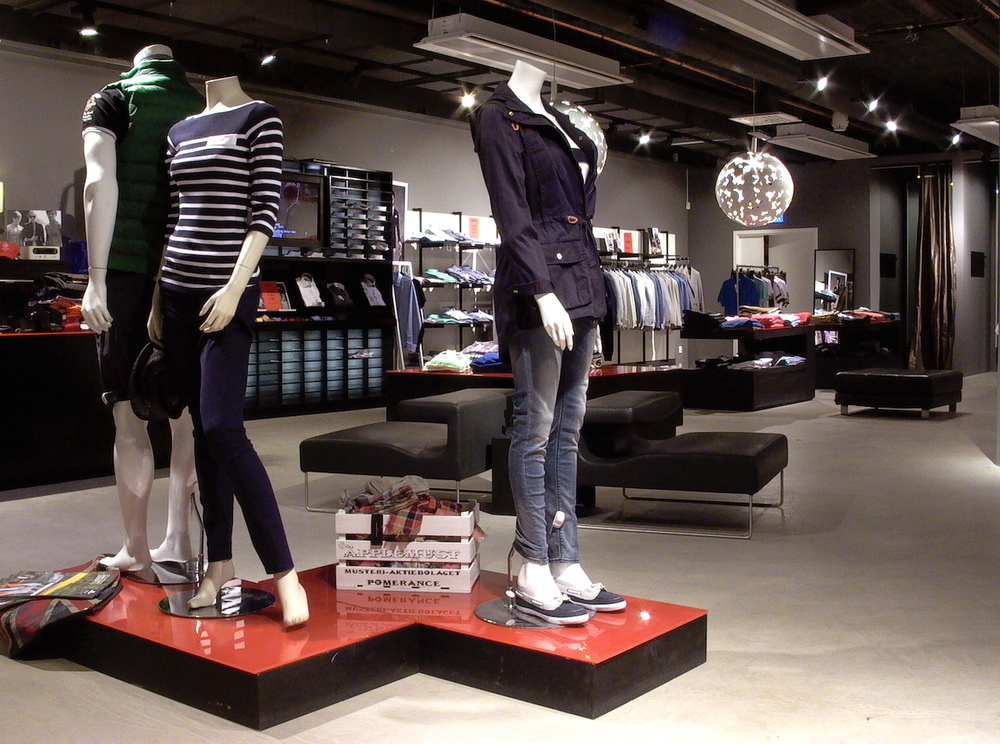 Tony  Fernandez - Fashion store, Woods Wardrobe Stockhlom