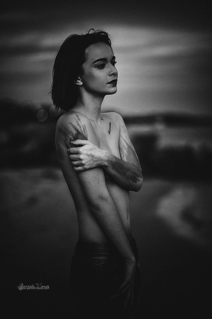 Yannick Faure - SOLEIL NOIR