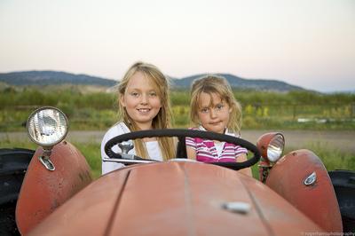 Colorado Cow-girls