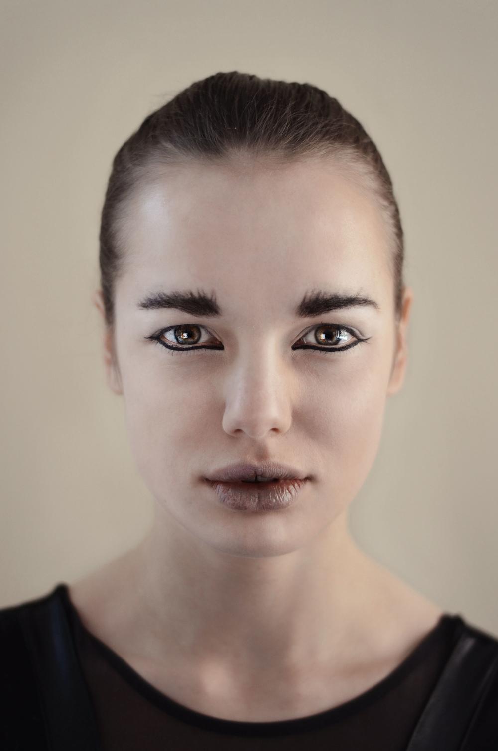 Caroline Rosencrantz - EDITORIAL