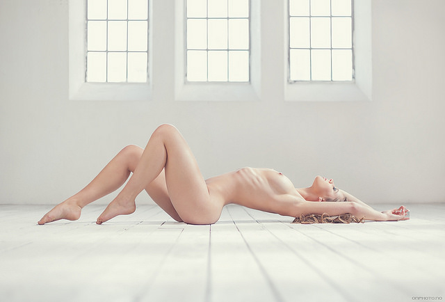 onphoto.no - Photographer in Bergen, Norway - Artistic nudes