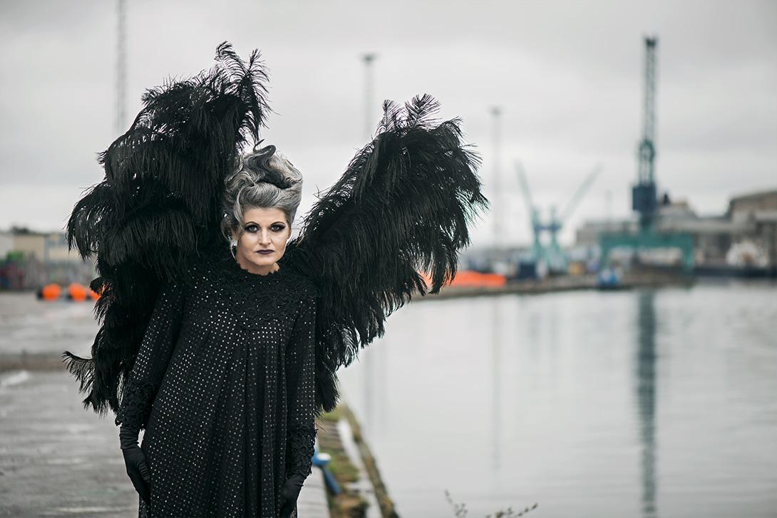 Susanne Lundbäck - Black angel