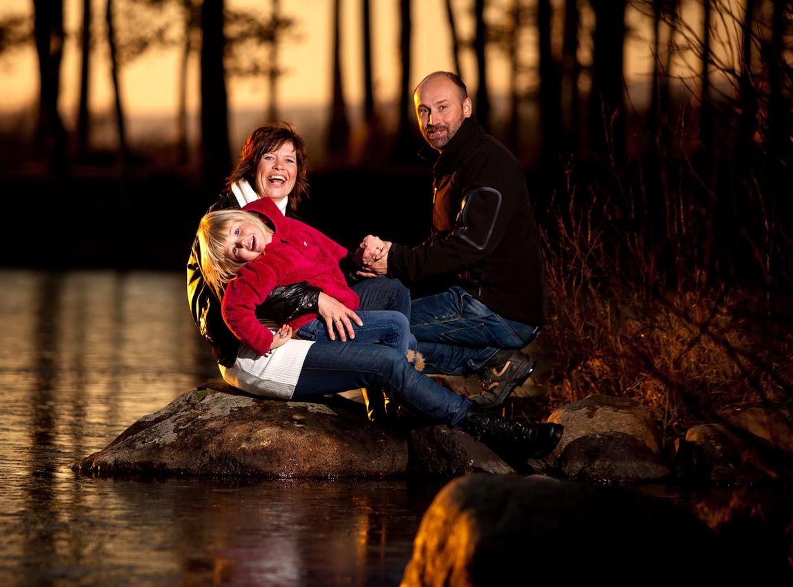 Rickard Johansson - Uppdrag familjefotografering utomhus