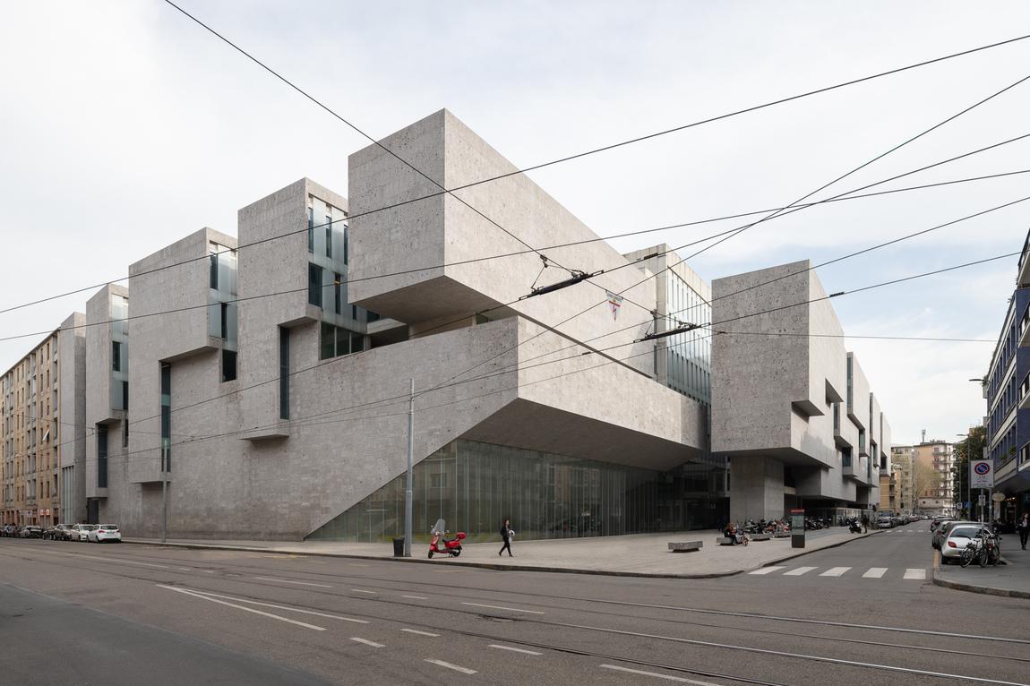 Lasse Olsson - Bocconi Universitet - Milano