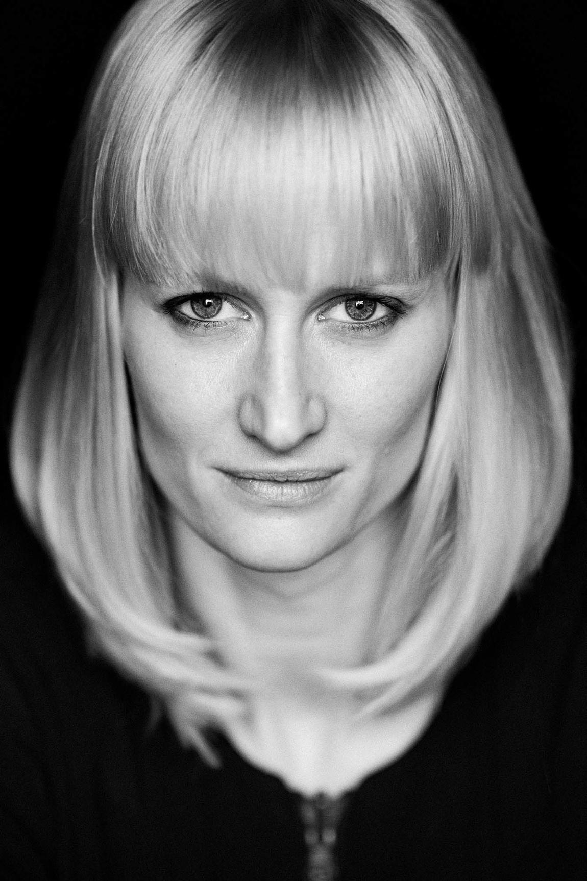 Eva Lindblad - Porträtt