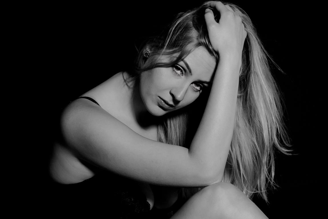 Lilynette Wennlid - Black & White