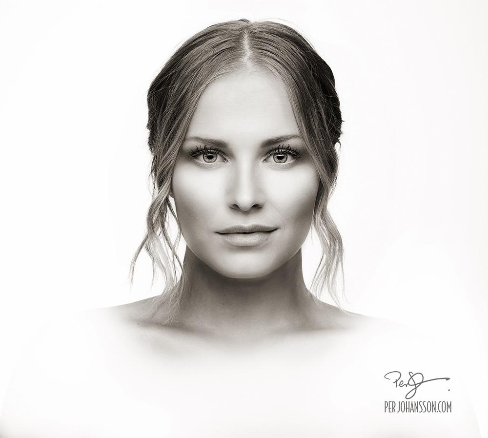 Per Johansson - Porträtt av ung kvinna