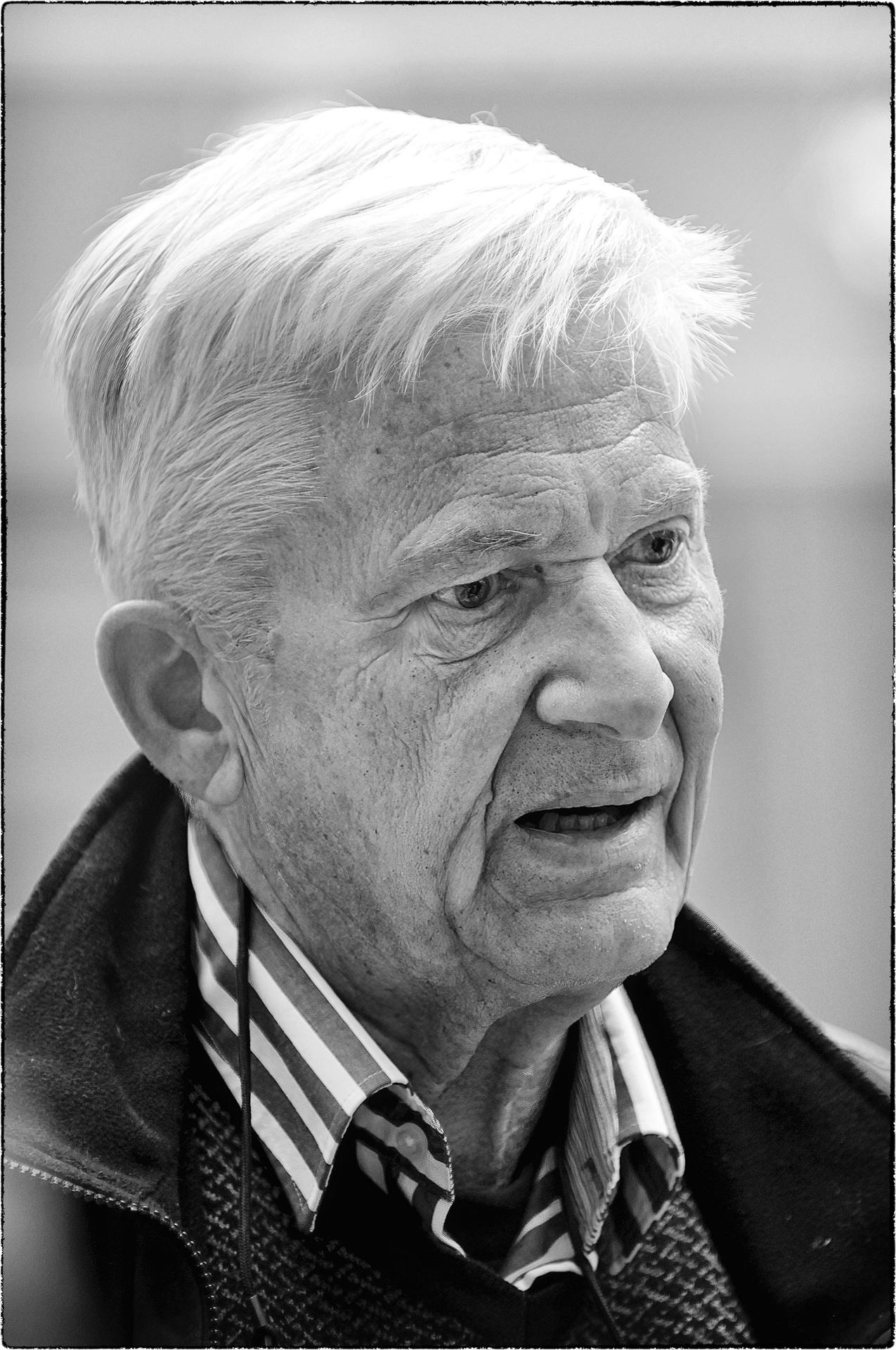 Lars Öberg - Författare || Authors