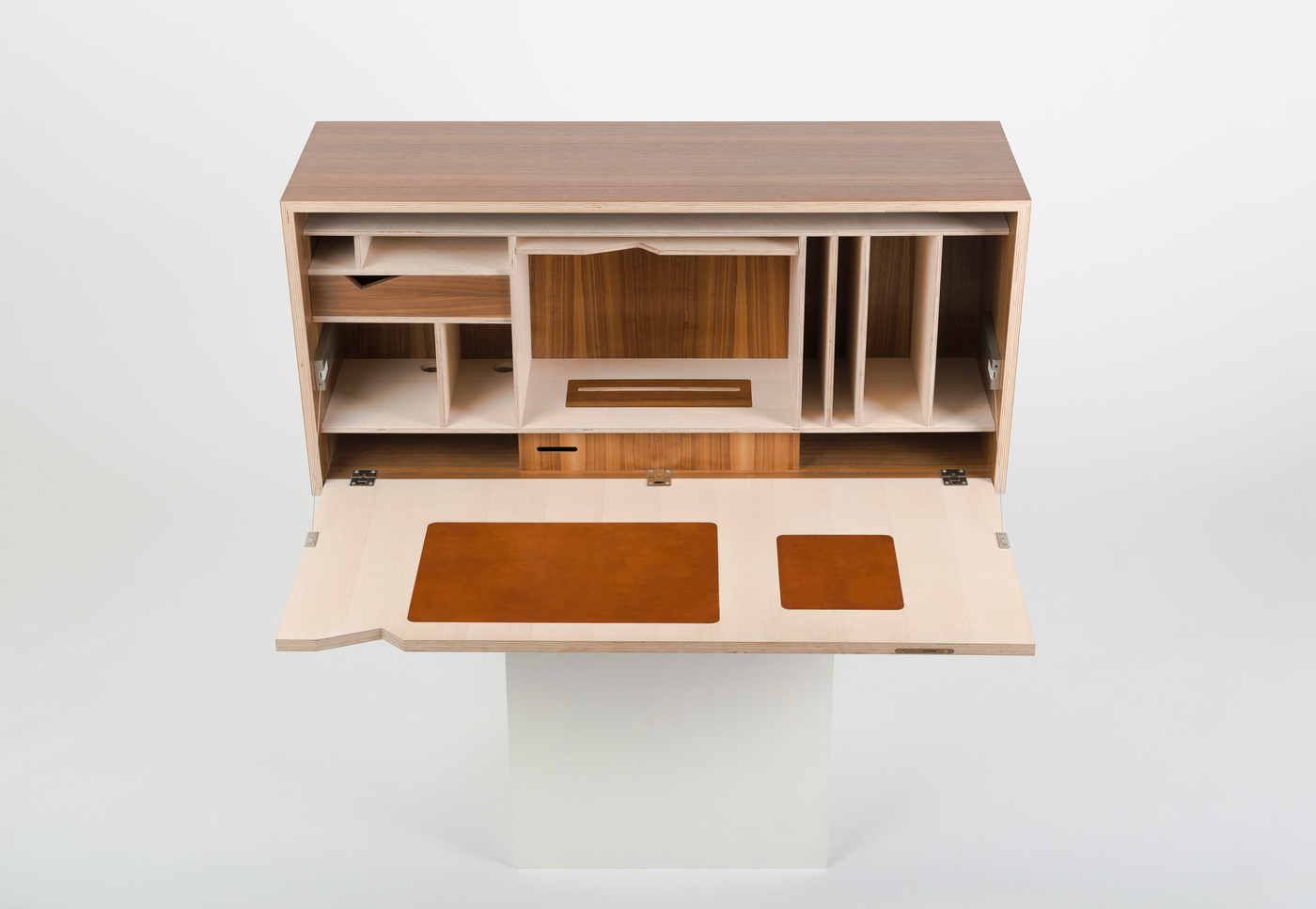 Elias Björn - Design Lautaro